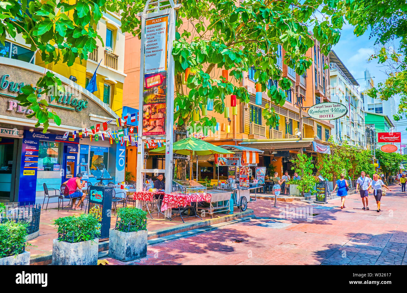BANGKOK, THAILAND - APRIL 22, 2019: The popular Ram Buttri street is almost empty during hot sunny days and revives after dusk, on April 22 in Bangkok - Stock Image