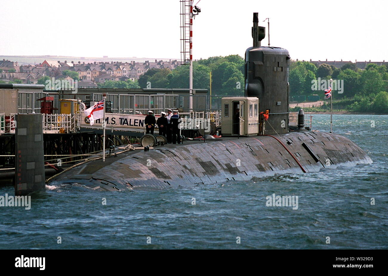 AJAXNETPHOTO. 2004. PLYMOUTH, ENGLAND. -  THE SUBMARINE HMS TALENT MOORED AT DEVONPORT.  