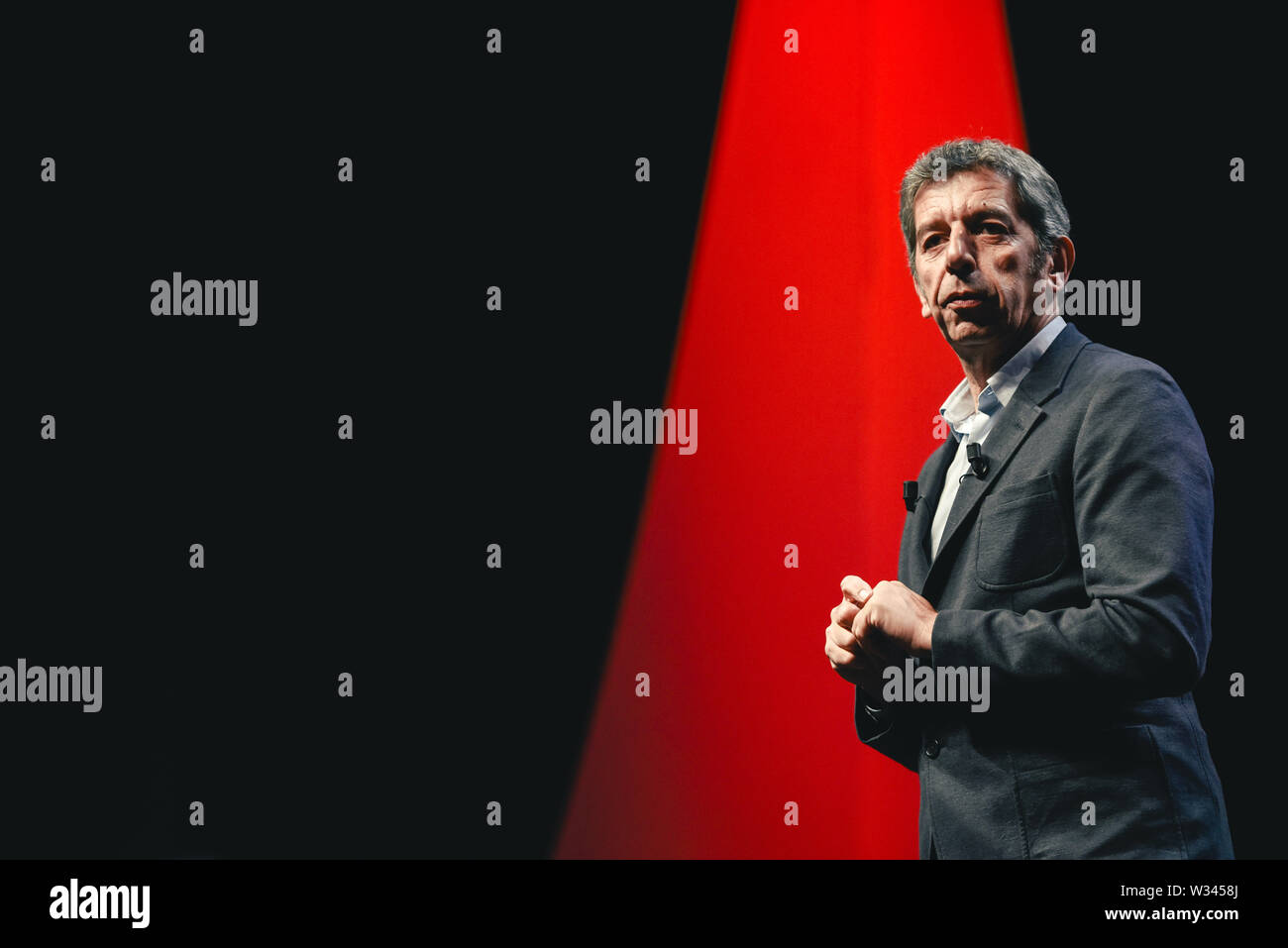 Dijon Eastern France 2018 11 22 Doctor Michel Cymes French Surgeon Specialized In Otorhinolaryngology Ent On Stage For His Lecture During The Stock Photo Alamy