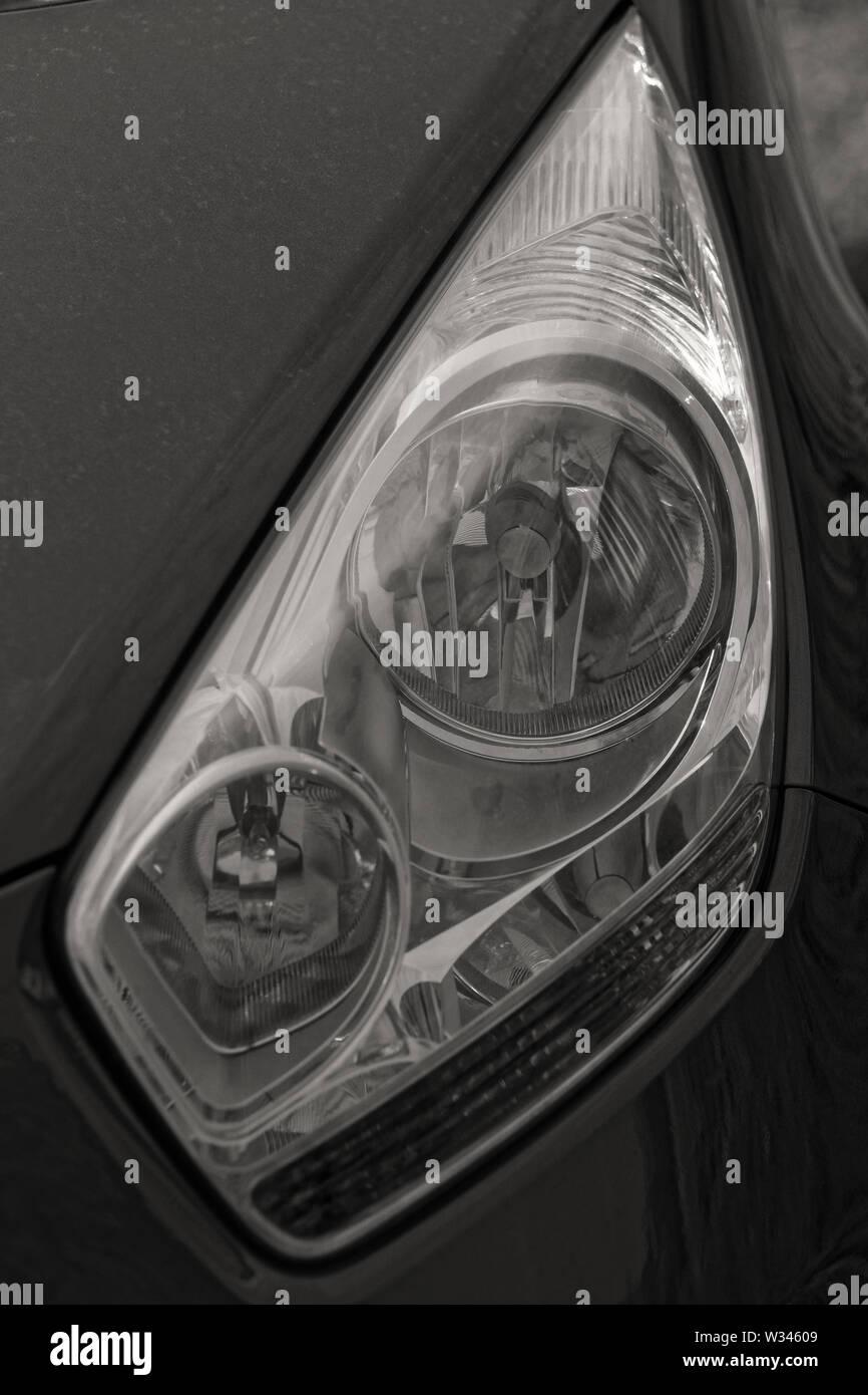 Photo auto headlight KIA VENGA - Stock Image