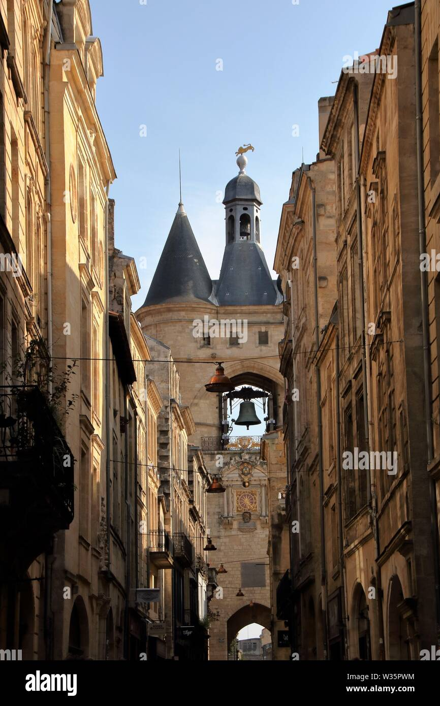 AT BORDEAUX - FRANCE - ON 08/25/2017 - Ancient door of Bordeaux, known as grosse cloche grosse cloche - Stock Image