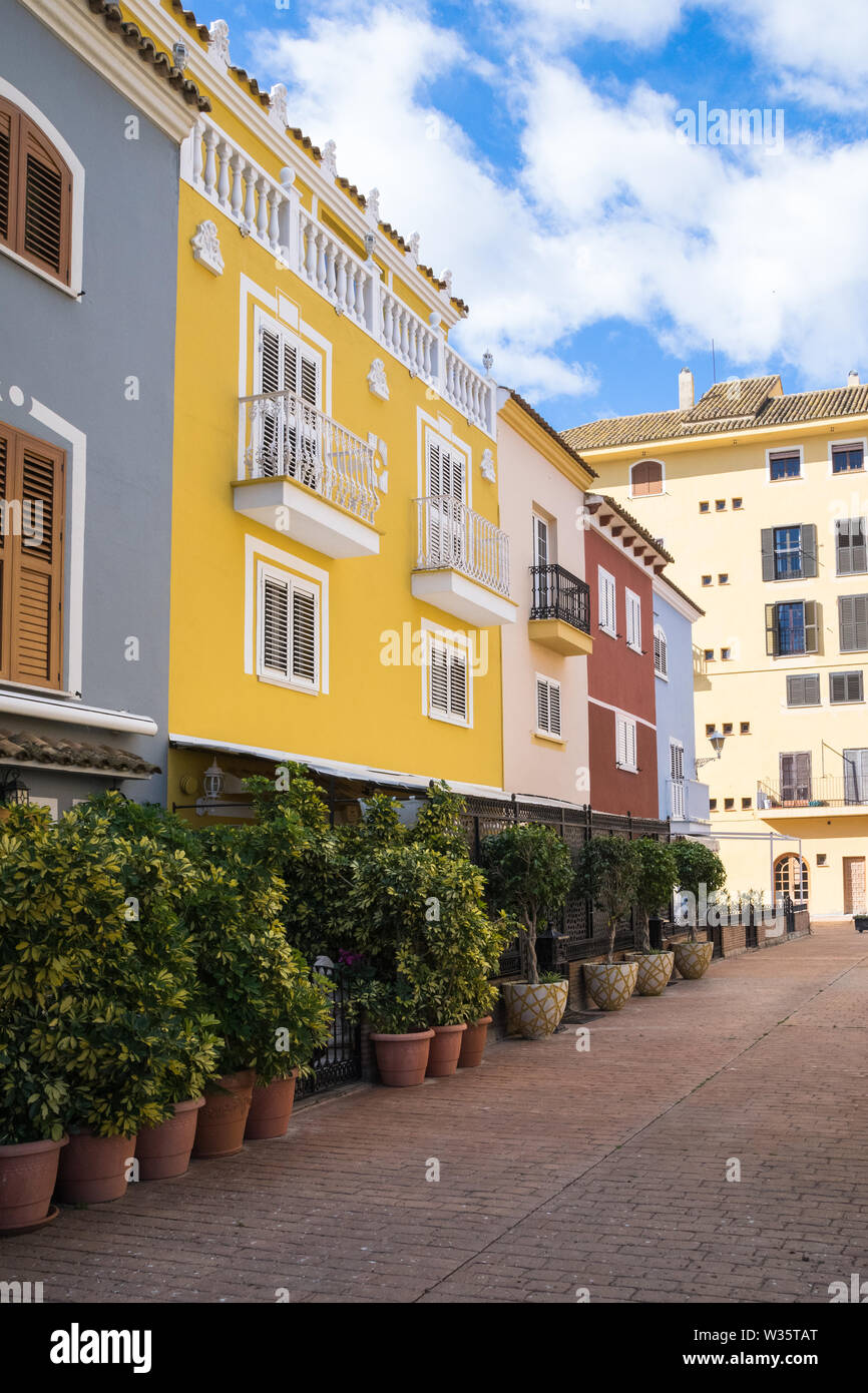 facades of houses of different colors in Port saplaya, Valencia - Stock Image