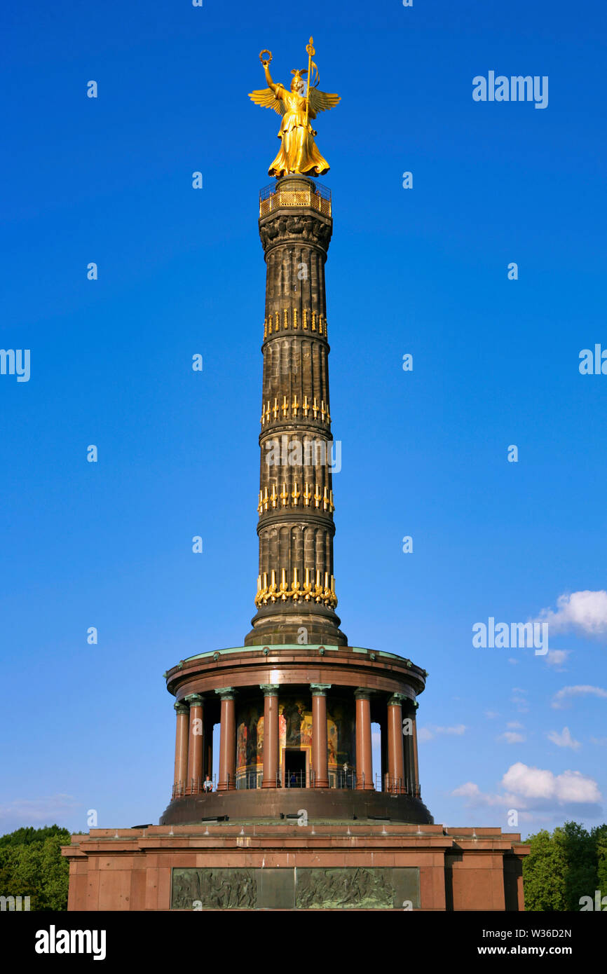 Goldelse, Statue of St. Victoria on the Victory Column Großer Stern, Tiergarten, Berlin, Germany, Europe - Stock Image