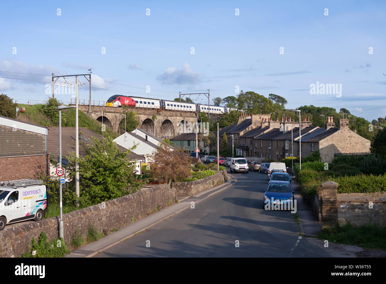 03/06/2019 Galgate (South of Lancaster) 390xxx	 1630 London Euston to Glasgow Central - Stock Image