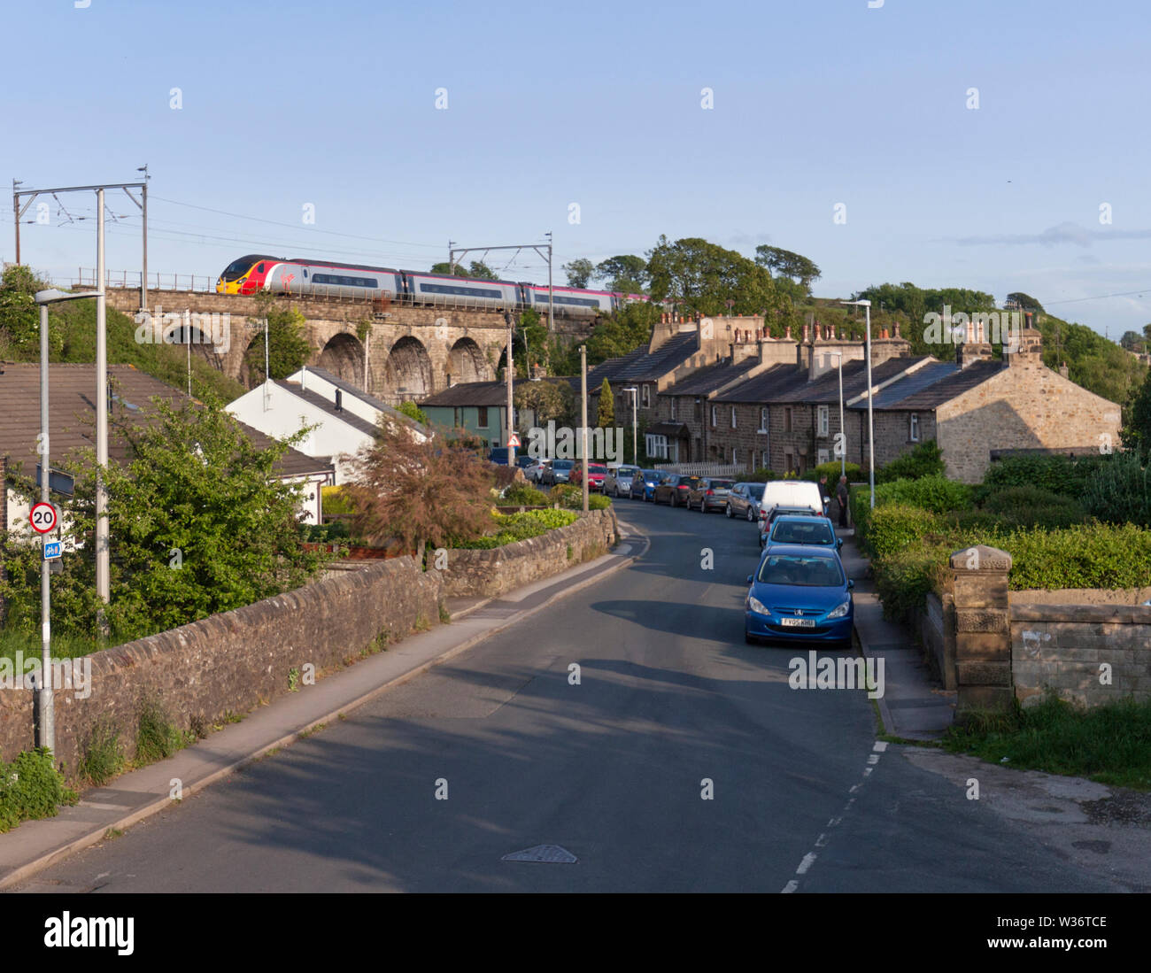 03/06/2019 Galgate (South of Lancaster) 390xxx 1543 London Euston to Glasgow Central - Stock Image