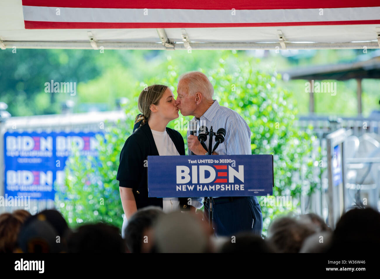 New Hampshire Usa 12th July 2019 Dover New Hampshire Usa Democratic Presidential Candidate And Former Vice President Joe Biden Kisses His Granddaughter Finnegan Biden While Campaigning At Community Event In Dover