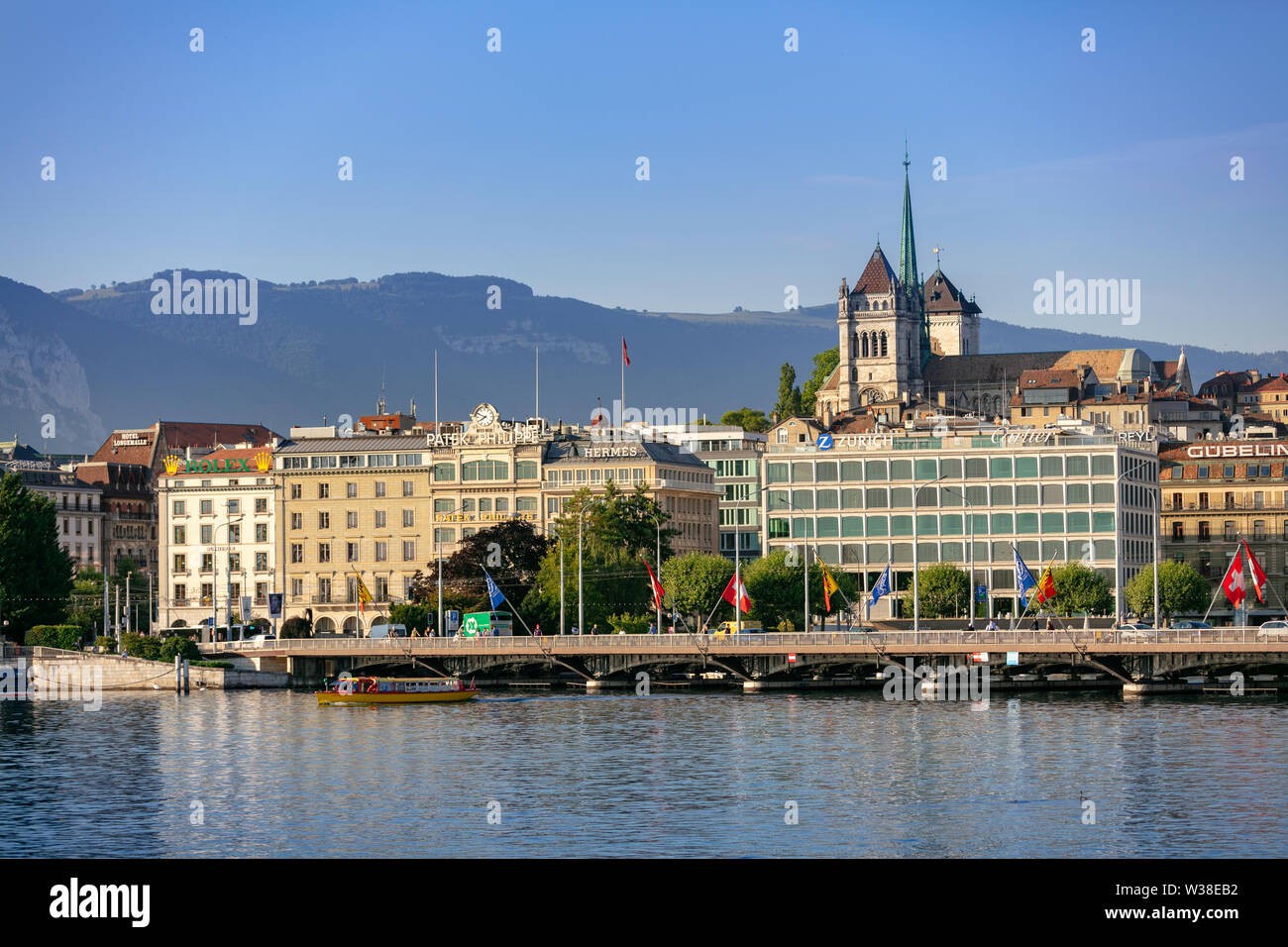 Panoramic view of downtown Geneva from the lake - Stock Image