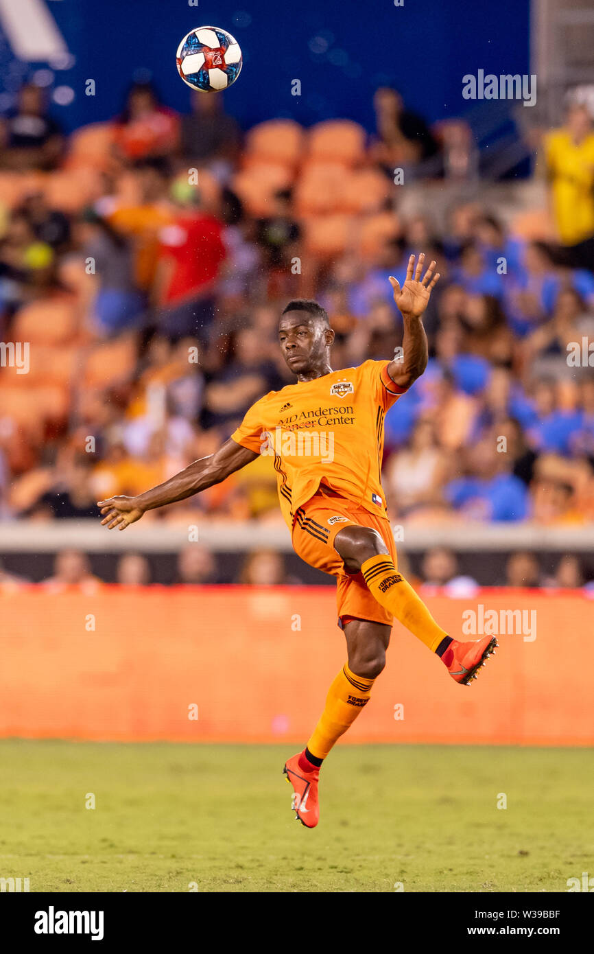 Houston, Texas, USA. 12th July, 2019. Houston Dynamo defender Maynor Figueroa (15) during a match between Los Angeles FC and Houston Dynamo at BBVA Stadium in Houston, Texas. The final LAFC wins 3-1. Maria Lysaker/CSM/Alamy Live News - Stock Image