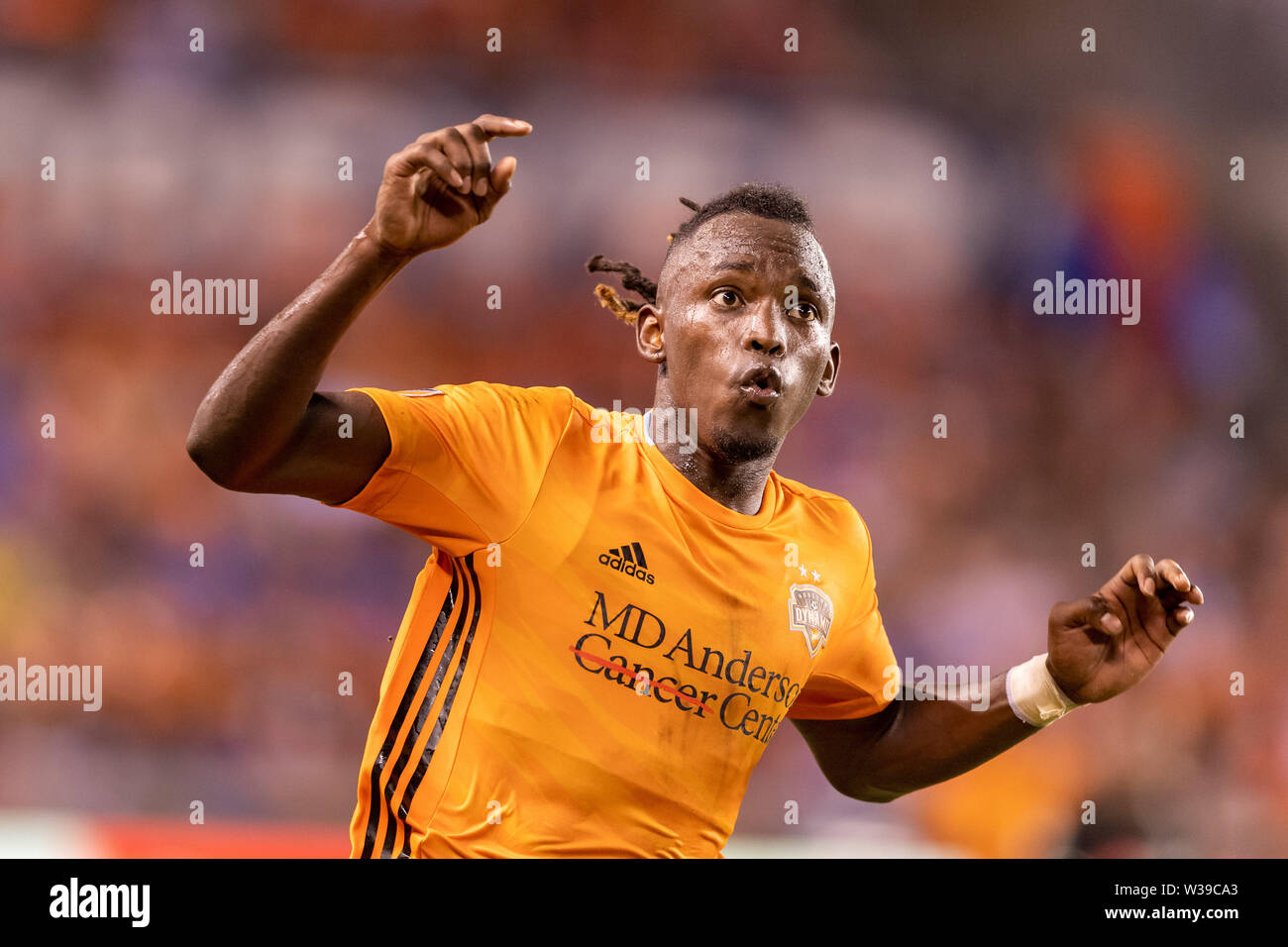 Houston, Texas, USA. 12th July, 2019. Houston Dynamo forward Alberth Elis (17) during a match between Los Angeles FC and Houston Dynamo at BBVA Stadium in Houston, Texas. The final LAFC wins 3-1. Maria Lysaker/CSM/Alamy Live News - Stock Image