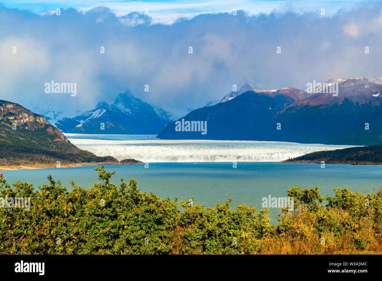Beautiful landscape of Perito Moreno Glacier at Los Glaciares National park in Patagonia Argentina - Stock Image