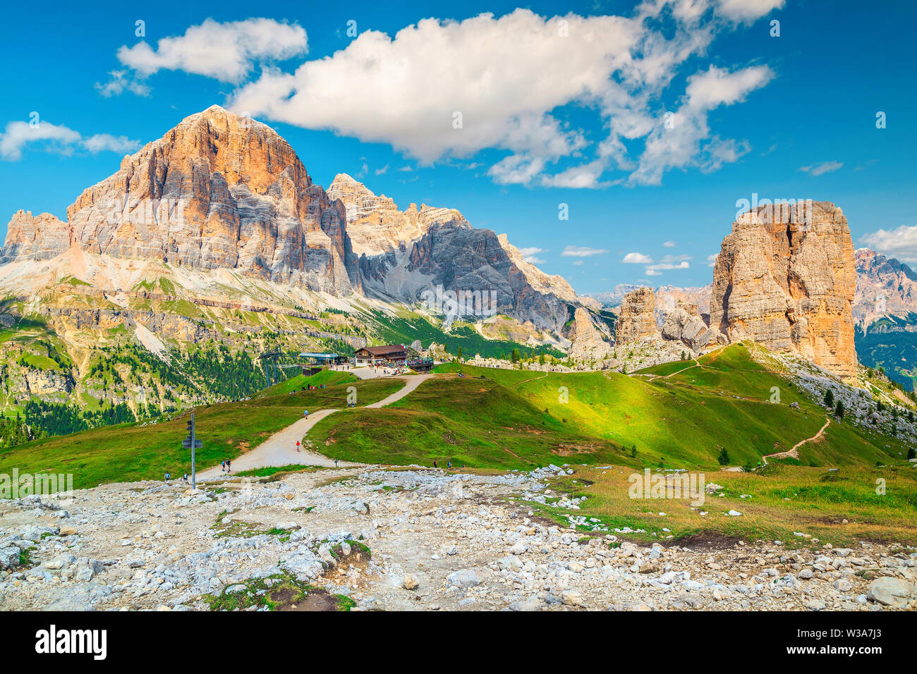Fantastic landscape with beautiful mountains. Popular hiking trails with picturesque high mountains near Cinque Torri rock formations, Dolomites, Ital - Stock Image