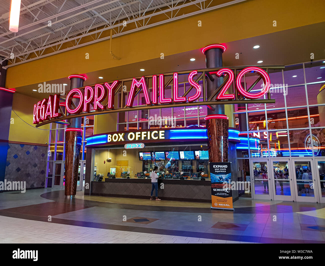 Regal cinemas movie Theatre at Opry Mills Nashville - NASHVILLE, USA