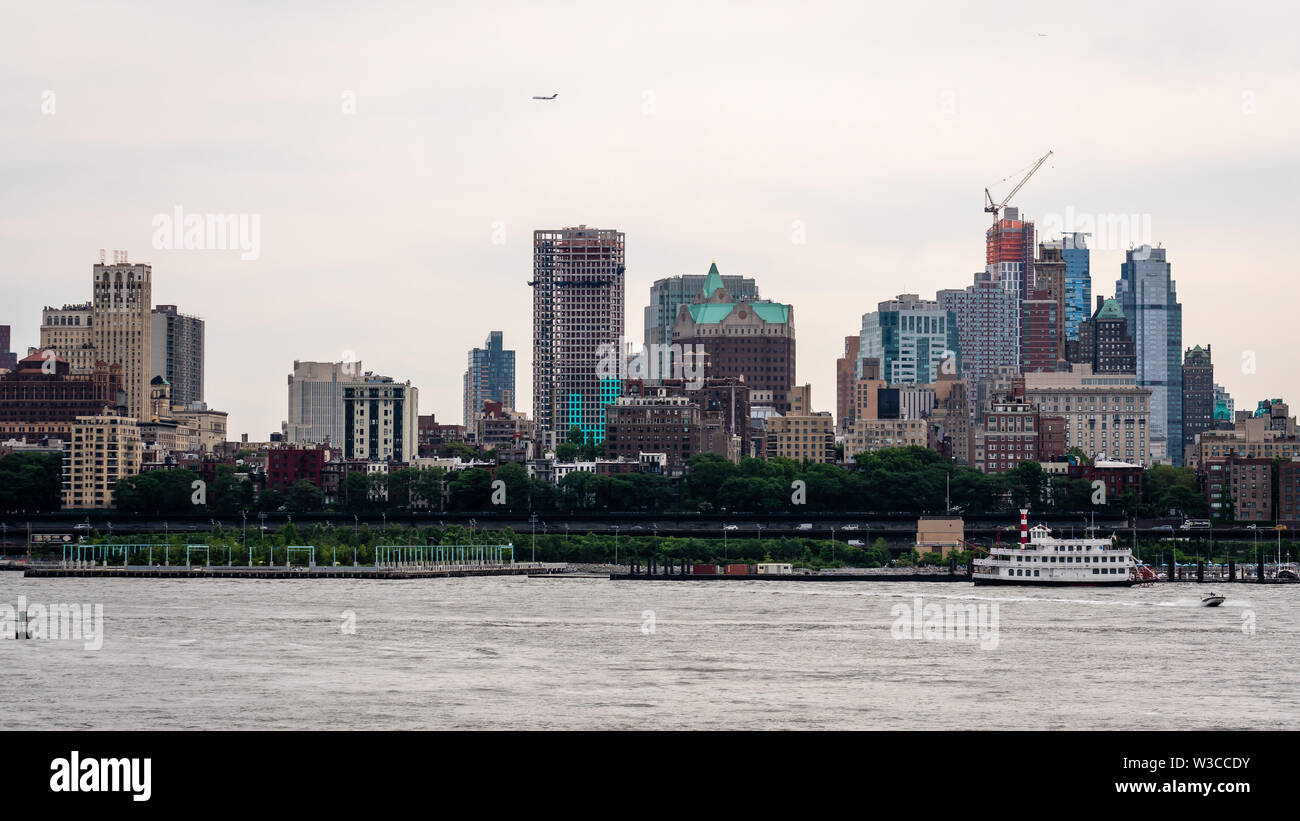 New York, USA - June 7, 2019: Lower Manhattan from across the  Hudson River - Image - Stock Image