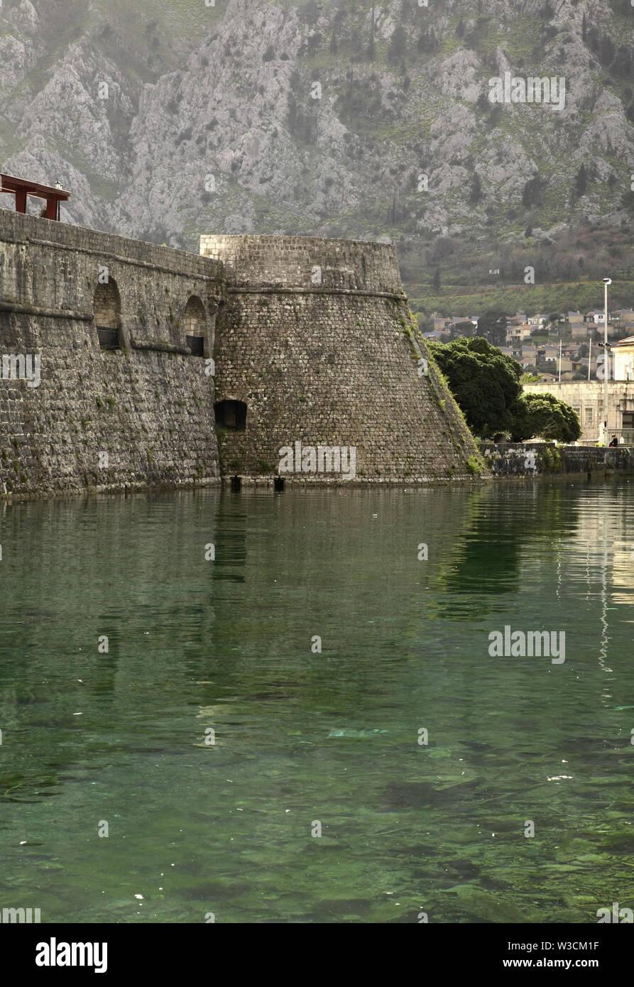 City walls in Kotor. Montenegro - Stock Image