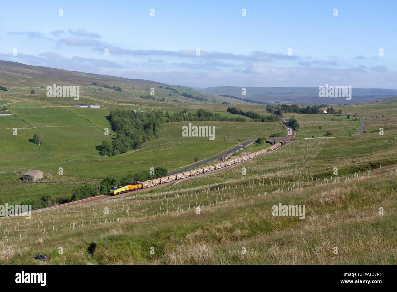 26/06/2019 Ais Gill (north of Garsdale) 70814 6C89 0936 Mountsorrel to Carlisle yard bulk ballast - Stock Image