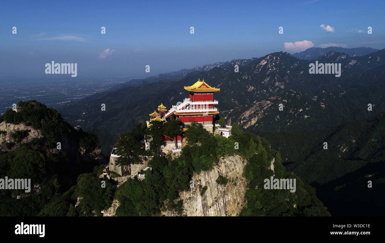 Shaanxi, Shaanxi, China. 15th July, 2019. Shaanxi, China - July 13 2019:photo taken on July 13, 2019 shows the scenery of nanwutai, the zhongnan mountain world geopark in the qinling mountains of Xi 'an, Shaanxi province. Credit: SIPA Asia/ZUMA Wire/Alamy Live News - Stock Image