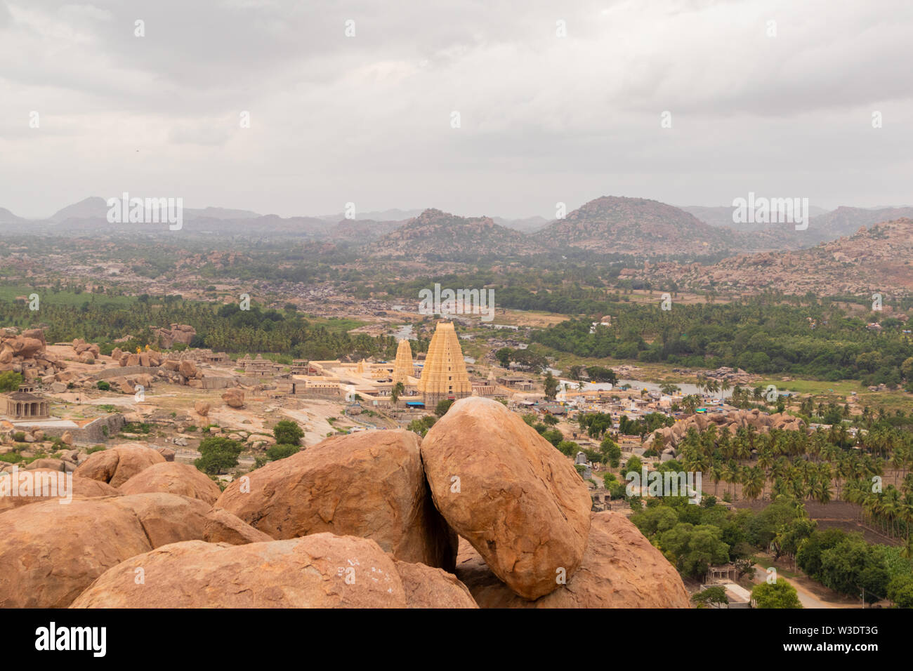 Aerial View of Virupaksha or Pampapati temple and Whole Hampi, Karnataka, India - Stock Image