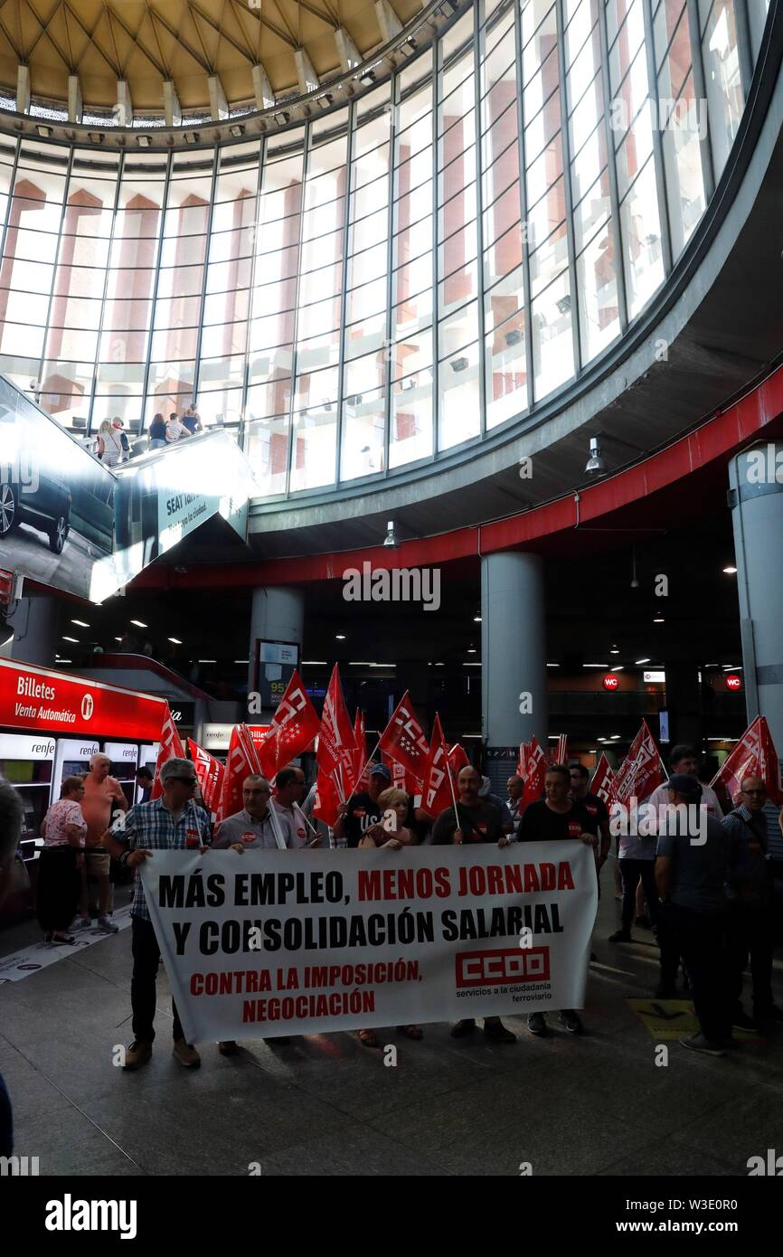 Madrid, Spain  15th July, 2019  Several workers take part in