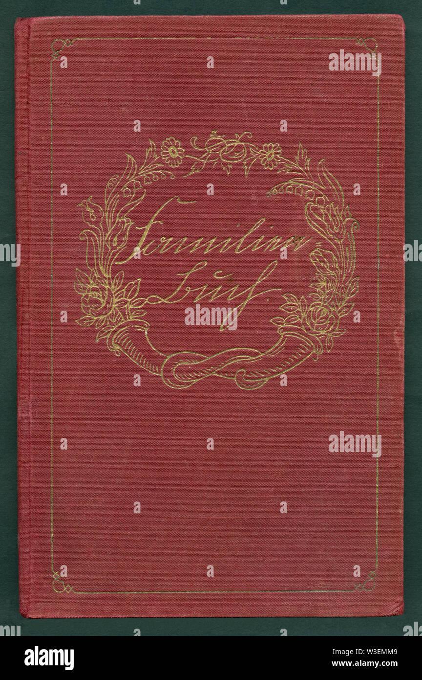 Europa, Deutschland, Berlin, Familien- Buch ( Deutsches Einheits-Familienstammbuch ) , Buchdeckel mit Titel , geschrieben in Sütterlin, herausgegeben - Stock Image