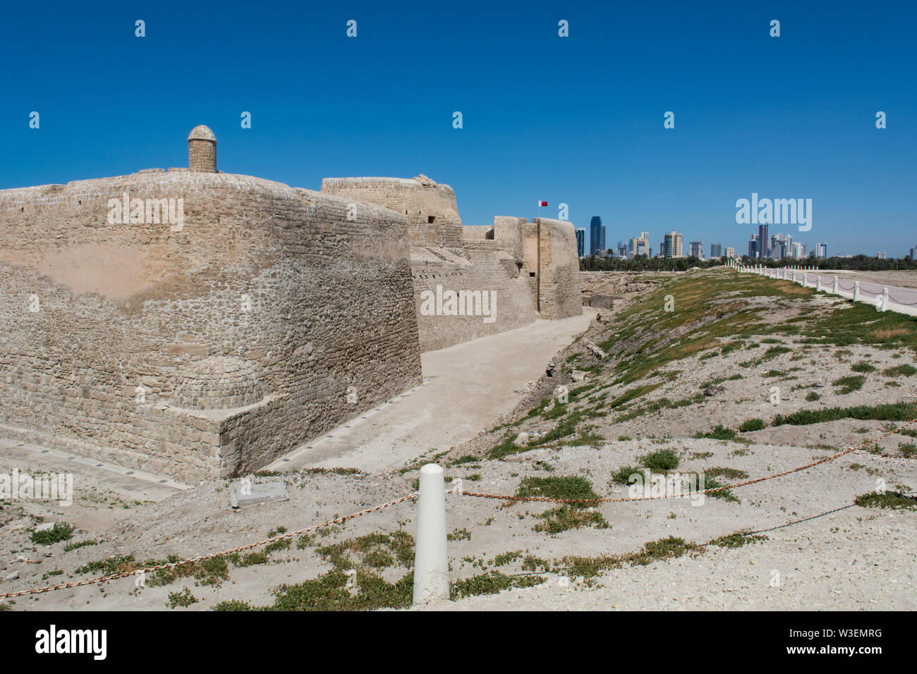 Al Qala, Bahrain, Apr 20th 2017 - The Qal'at al-Bahrain Fort, also known as the Bahrain Fort or Portuguese Fort. - Stock Image