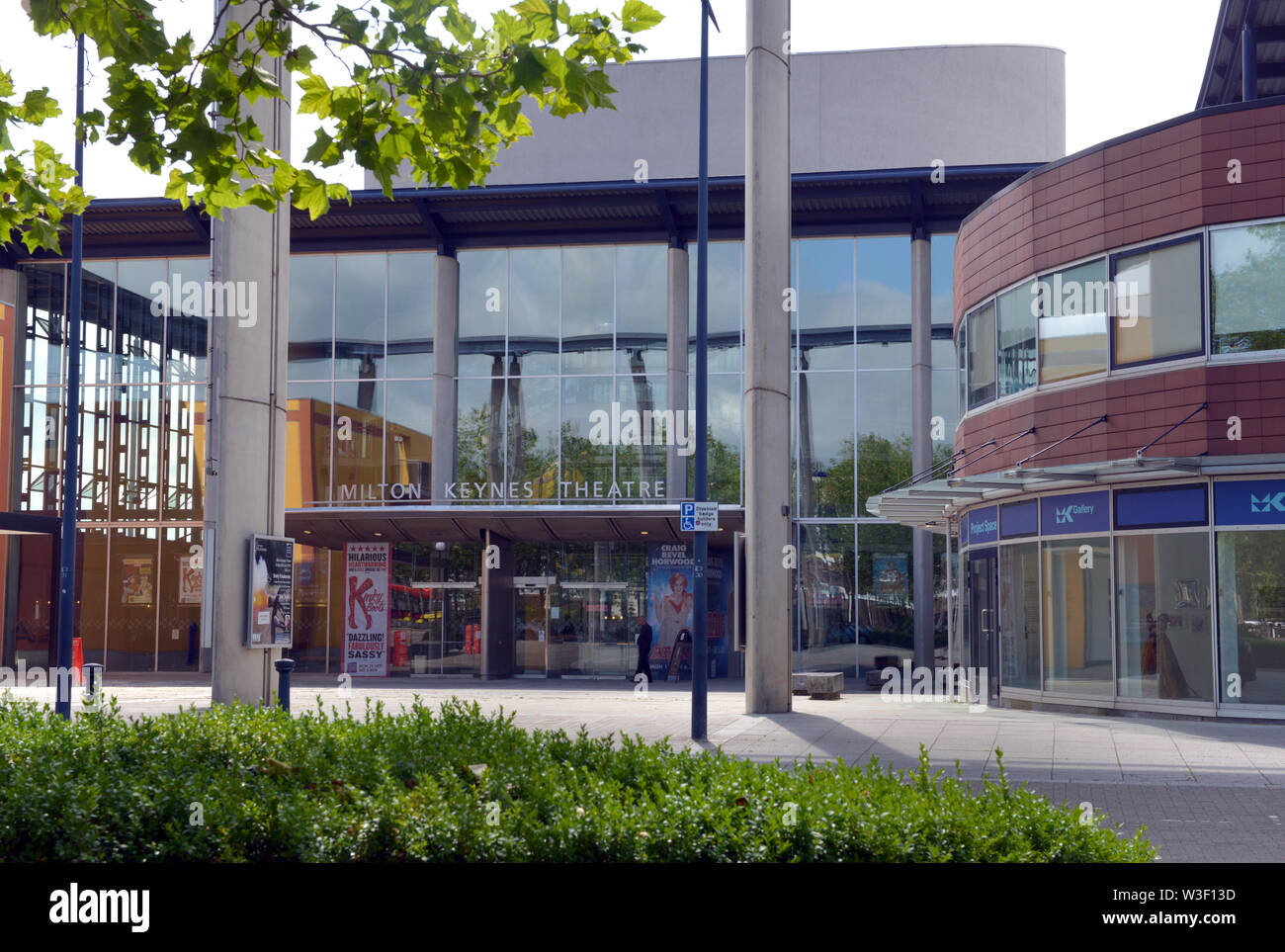 Milton Keynes theatre front entrance seen from Midsummer Boulevard. The 1,900 capacity theatre has been open since 1999. - Stock Image