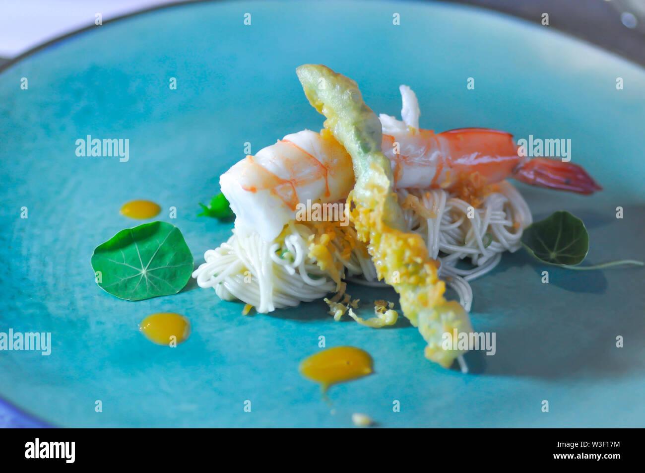 soba ,shrimp noodles in tiny serve or tiny noodles - Stock Image