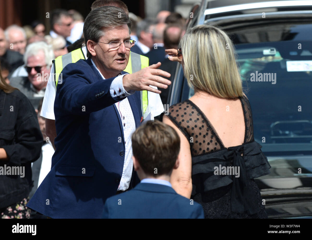 Daniel O'Donnell arrives for the funeral of Father Ted star Brendan Grace at the Church of St. Nicholas of Myra, Dublin. - Stock Image