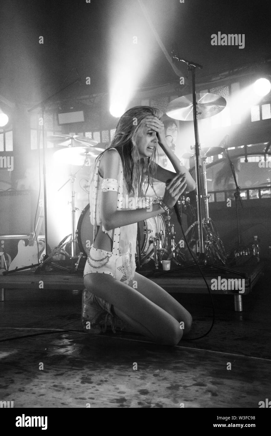 Bergen, Norway - June 15th, 2019. The American punk band Starcrawler performs a live concert during the Norwegian music festival Bergenfest 2019 in Bergen. Here vocalist Arrow de Wilde is seen live on stage. (Photo credit: Gonzales Photo - Jarle H. Moe). - Stock Image