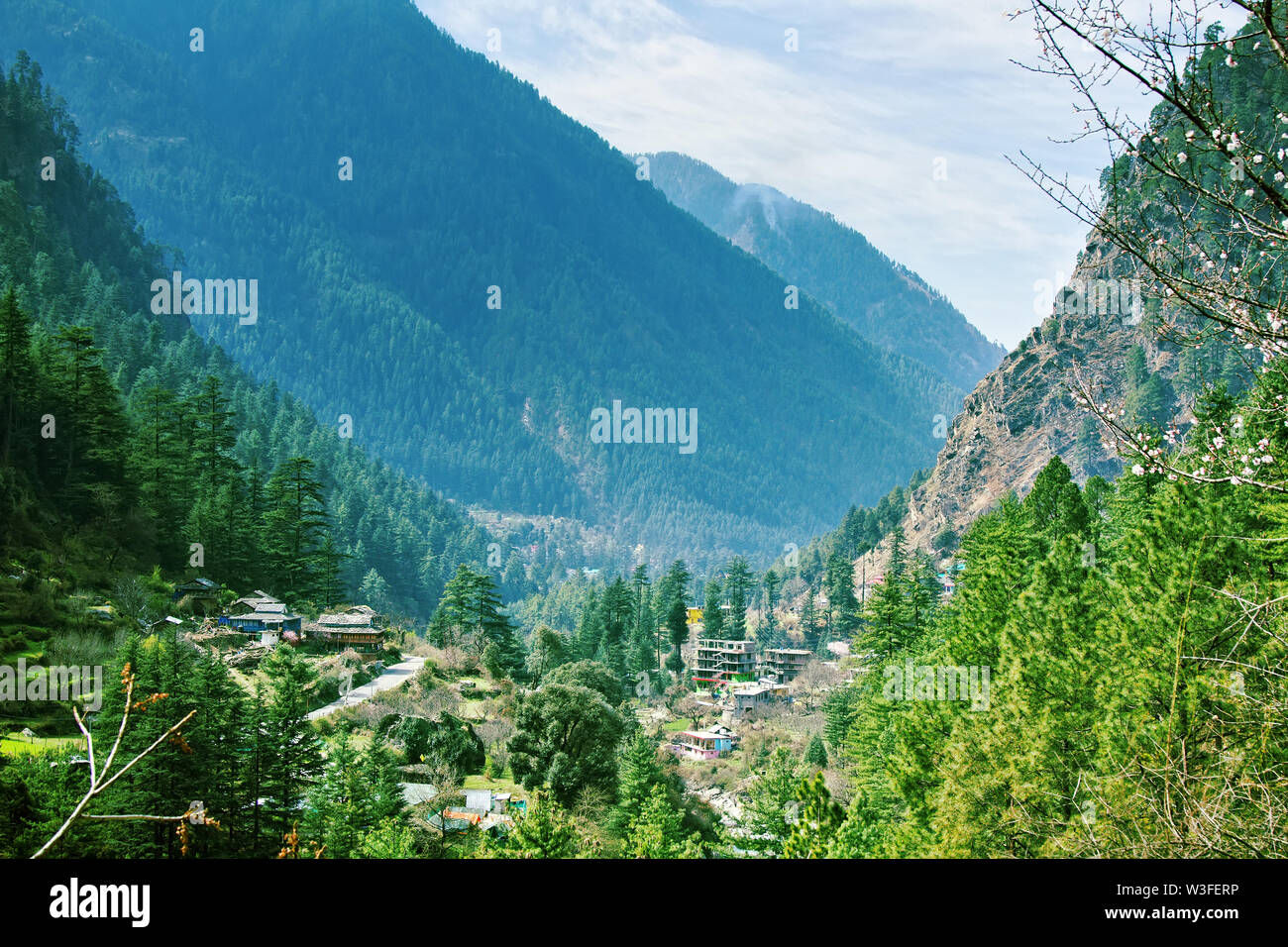 Home of the highlanders with terraces in the valley of the river Parvati, Shingles are made of slate. India - Stock Image