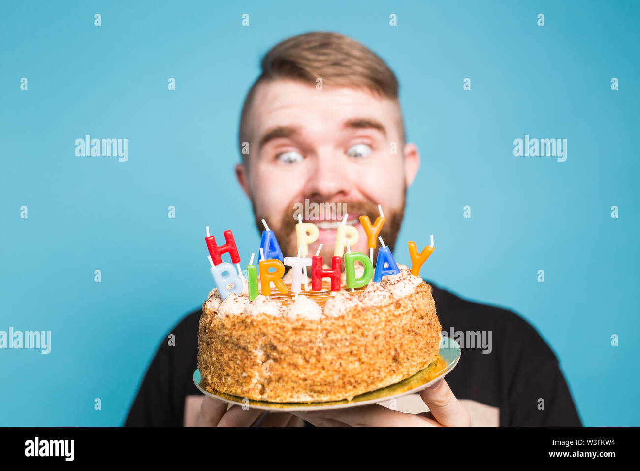 Strange Crazy Funny Positive Guy Hipster Holding A Happy Birthday Cake In Personalised Birthday Cards Veneteletsinfo
