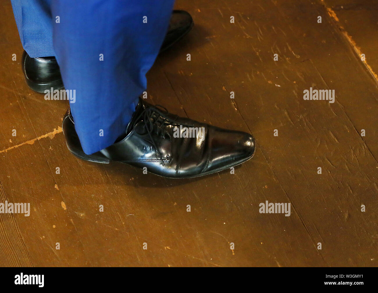 Silvis, Iowa, USA. 15th July, 2019. Black leather oxford dress shoes worn by Former Secretary of Housing and Urban Development and democratic presidential candidate Julian Castro of Texas at the Black Pearl Cafe and Boutique on 2nd St. in downtown Muscatine, Iowa Monday, July 15, 2019. Credit: Kevin E. Schmidt/Quad-City Times/ZUMA Wire/Alamy Live News - Stock Image