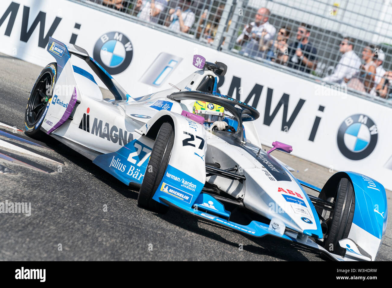 New York, United States. 14th July, 2019. Sam Bird of Virgin Envision team drives electric racing car during New York City E-Prix 2019 Formula E Round 13 at Red Hook Credit: Lev Radin/Pacific Press/Alamy Live News - Stock Image
