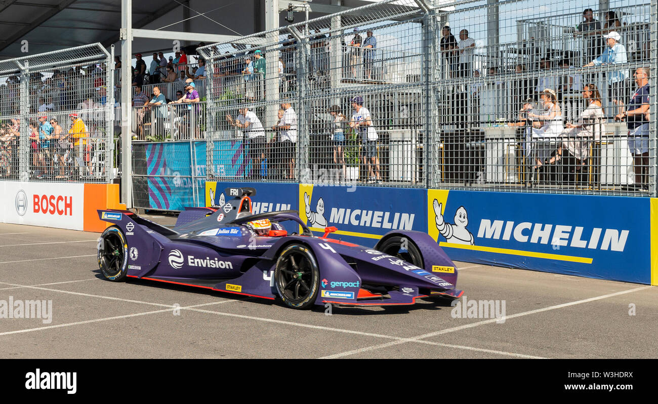 New York, United States. 14th July, 2019. Robin Fijns of Virgin Envision team drives electric racing car during New York City E-Prix 2019 Formula E Round 13 at Red Hook Credit: Lev Radin/Pacific Press/Alamy Live News - Stock Image