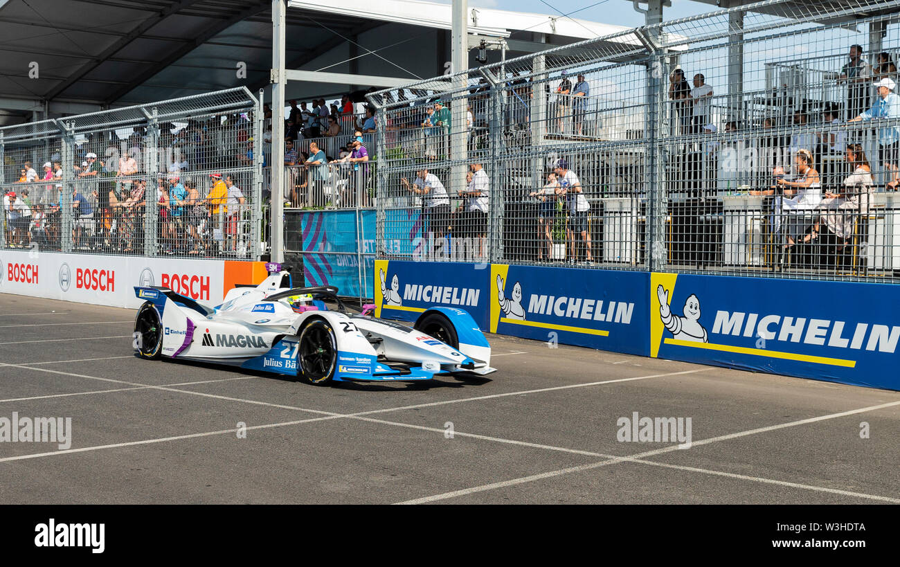 New York, United States. 14th July, 2019. Alexander Sims of BMW Motorsport team drives electric racing car during New York City E-Prix 2019 Formula E Round 13 at Red Hook Credit: Lev Radin/Pacific Press/Alamy Live News - Stock Image