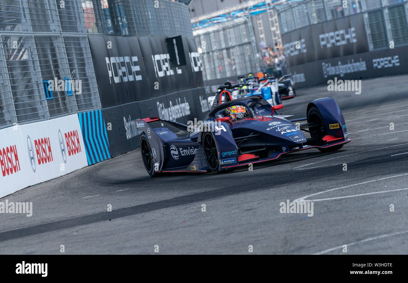 New York, United States. 14th July, 2019. Robin Frijns of Virgin Envision team drives electric racing car during New York City E-Prix 2019 Formula E Round 13 at Red Hook Credit: Lev Radin/Pacific Press/Alamy Live News - Stock Image