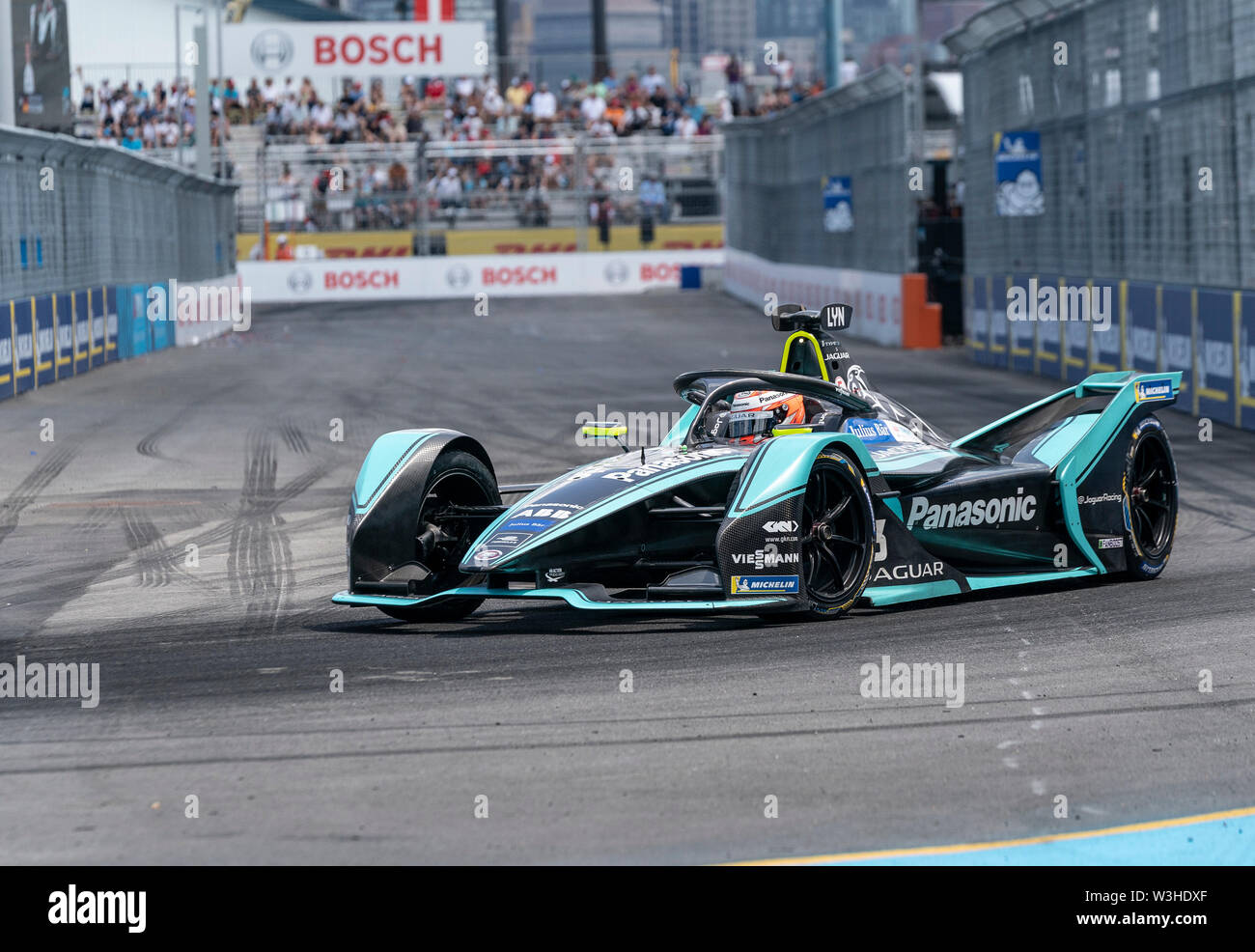 New York, United States. 14th July, 2019. Alex Lynn of Panasonic team drives electric racing car during New York City E-Prix 2019 Formula E Round 13 at Red Hook Credit: Lev Radin/Pacific Press/Alamy Live News - Stock Image