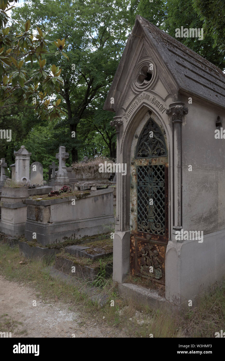 graves and crypts at the Pere Lachaise Cemetery, Paris, France - Stock Image