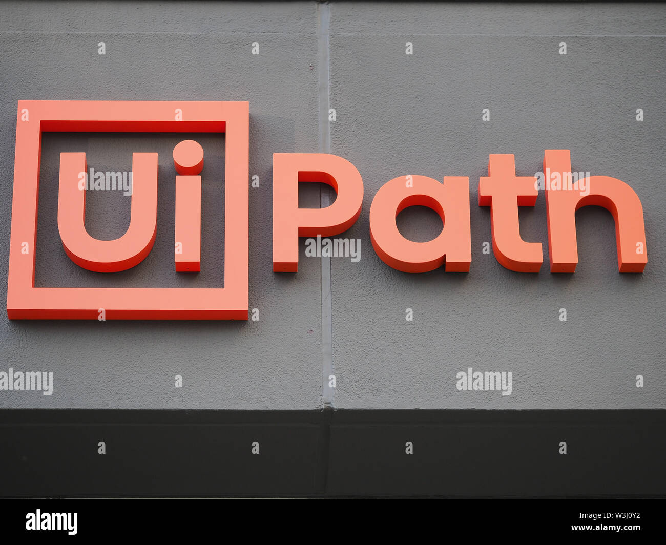 Uipath Stock Photos & Uipath Stock Images - Alamy