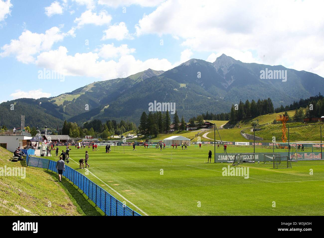 Seefeld, Austria 16. July 2019: 1. BL - 19/20 - RB Leipzig - Training camp - 16.07.19 Training of RB Leipzig, training ground with Seefelder and Reither Spitze in the background, Feature/Symbol/Symbolfoto/charakteristisch/Detail/| usage worldwide - Stock Image