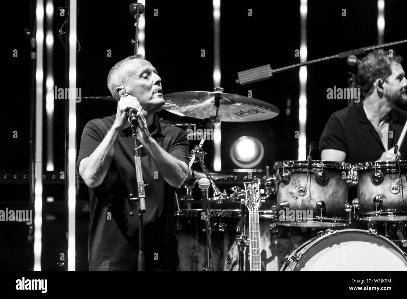 © Stefano D'Offizi - Tears for Fears @Roma Summer Fest // Auditorium parco della Musica - 2019 - www.rockerilla.com Stock Photo