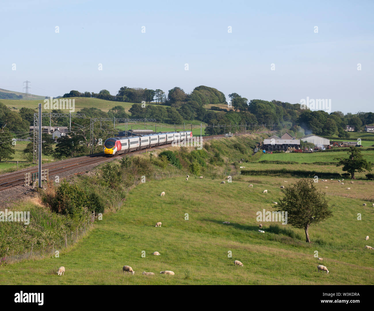 07/07/2019 Bay Horse (south of Lancaster) 3900xx 1628 London Euston to Glasgow Central - Stock Image