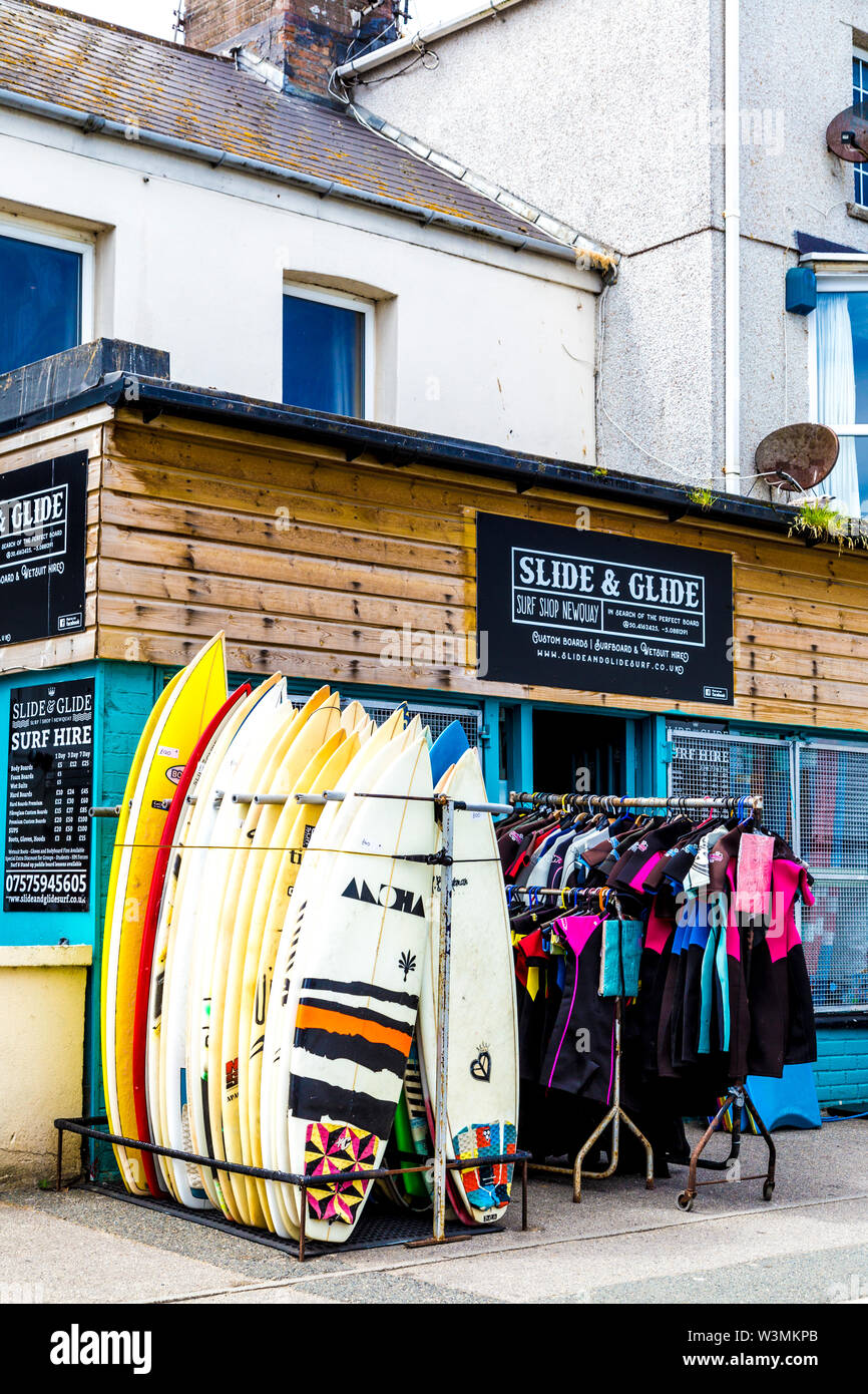 Surf shop (Slide & Glide) in Newquay, Cornwall, UK - Stock Image