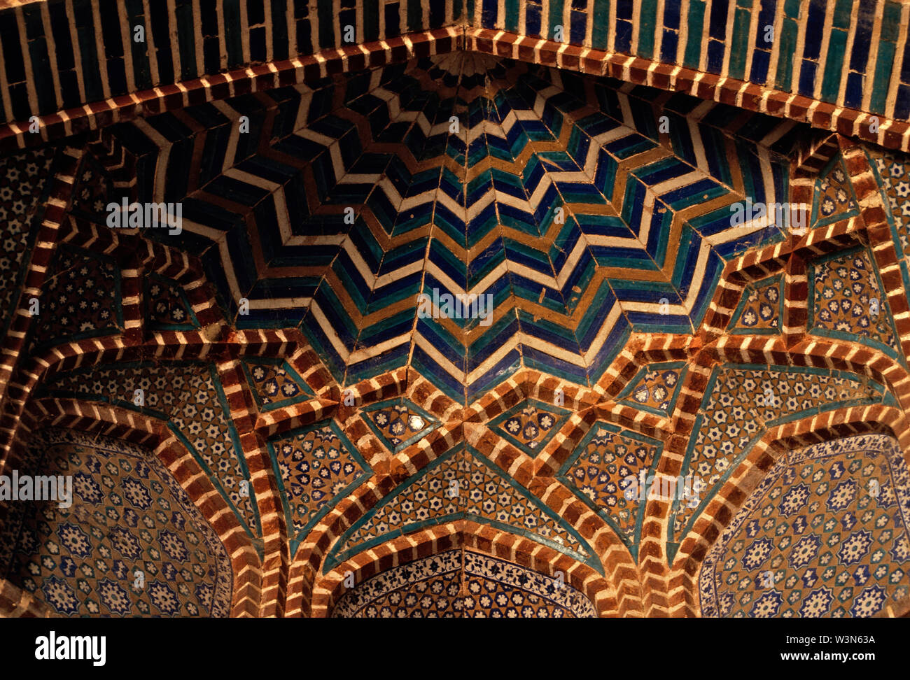 A close up of the tiles work in Shah Jehan Mosque, built by Mughal Emperor Shah Jehan, between 1644 and 1647. It is one of the magnificent examples of Mogul architecture, in the town of Thatta, in Sindh province of Pakistan. December 9, 2005. - Stock Image