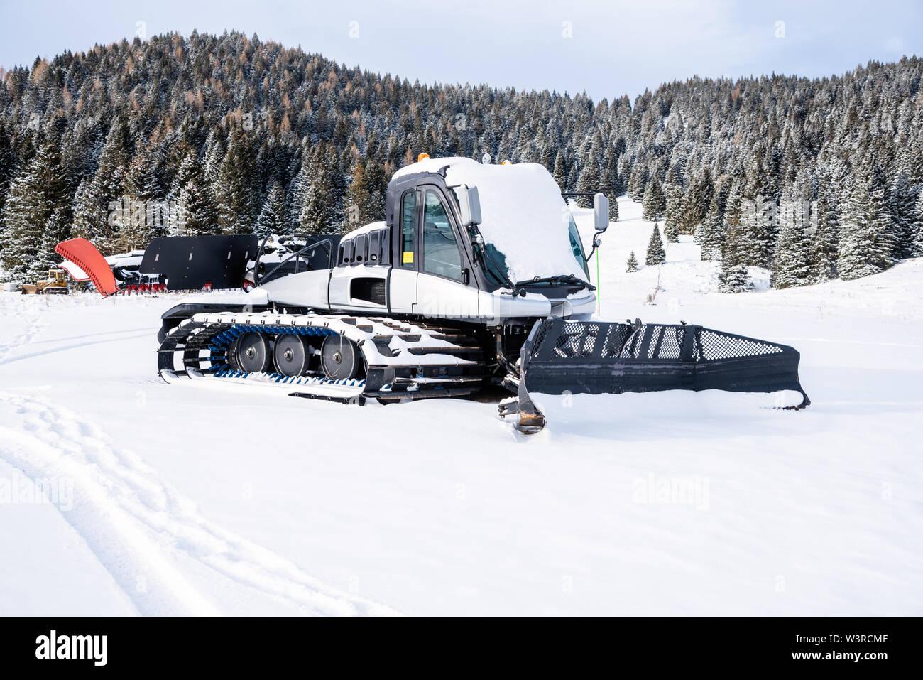 Snowcat Stock Photos & Snowcat Stock Images - Alamy