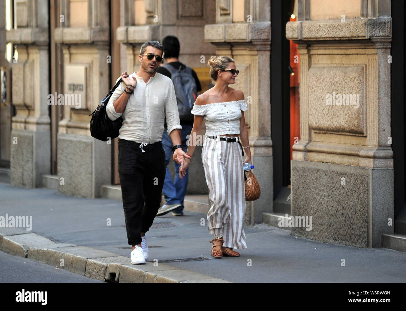Milan Luca Argentero And Cristina Marino In The Center Luca Argentero And His Girlfriend Cristina Marino Caught A Glimpse Of The Streets Of Downtown After A Walk Along The Quadrangle They Enter