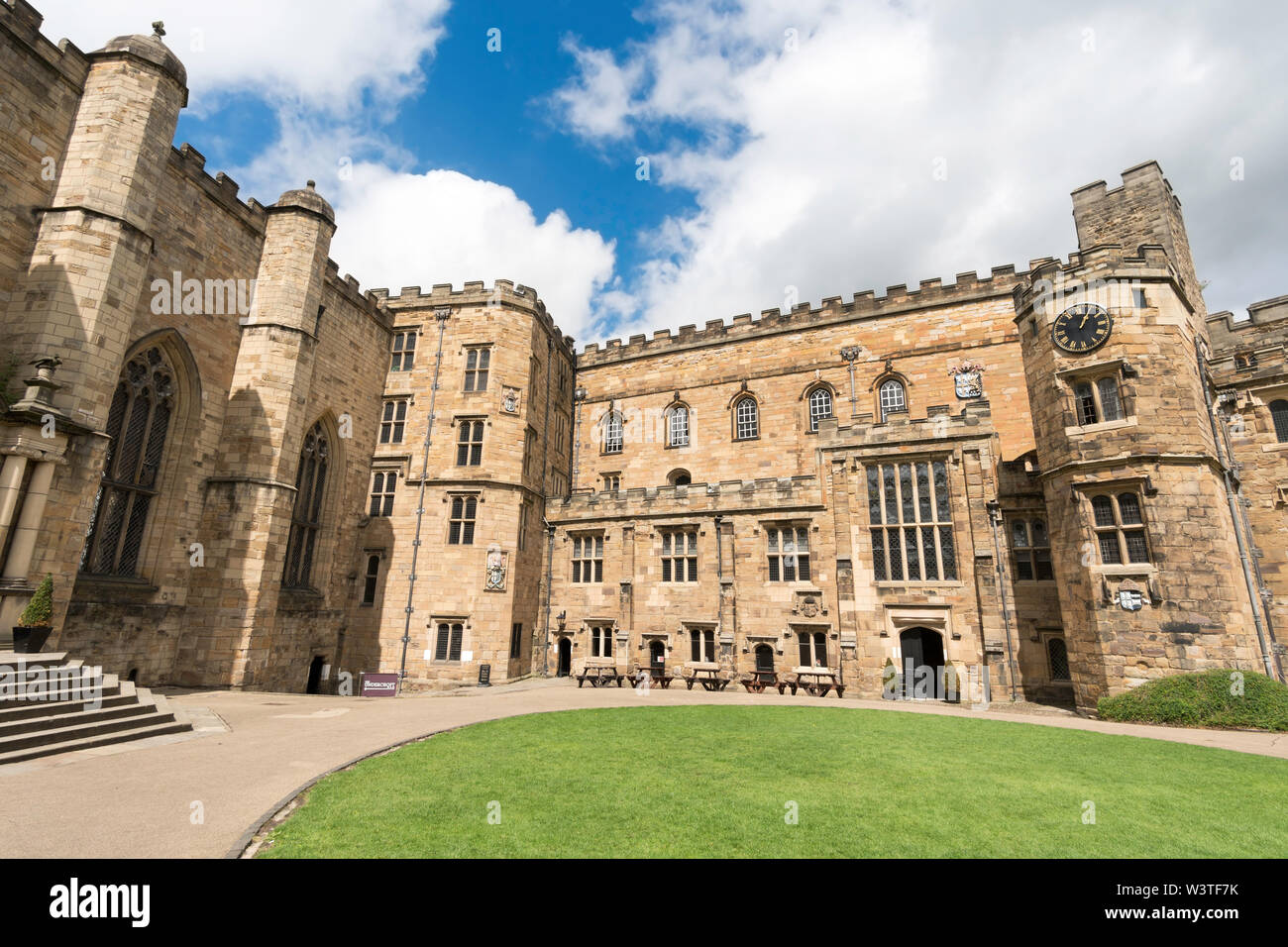 The courtyard of Durham Castle, part of University College Durham, England, UK - Stock Image