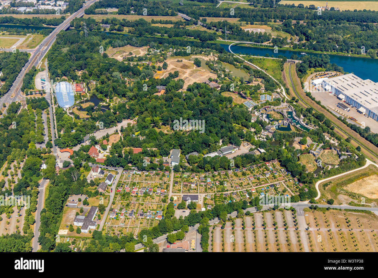 Aerial view of the Zoo Gelsenkirchen ZOOM Experience world with Africa, Asia and Alaska areas, playgrounds, boat tours and restaurants in Gelsenkirche Stock Photo