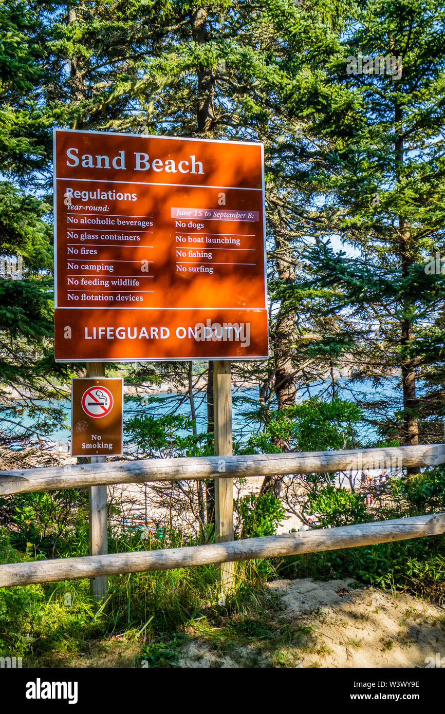 Acadia National Park, ME, USA - August 15, 2018: A welcoming signboard at the entry point of Sand Beach - Stock Image