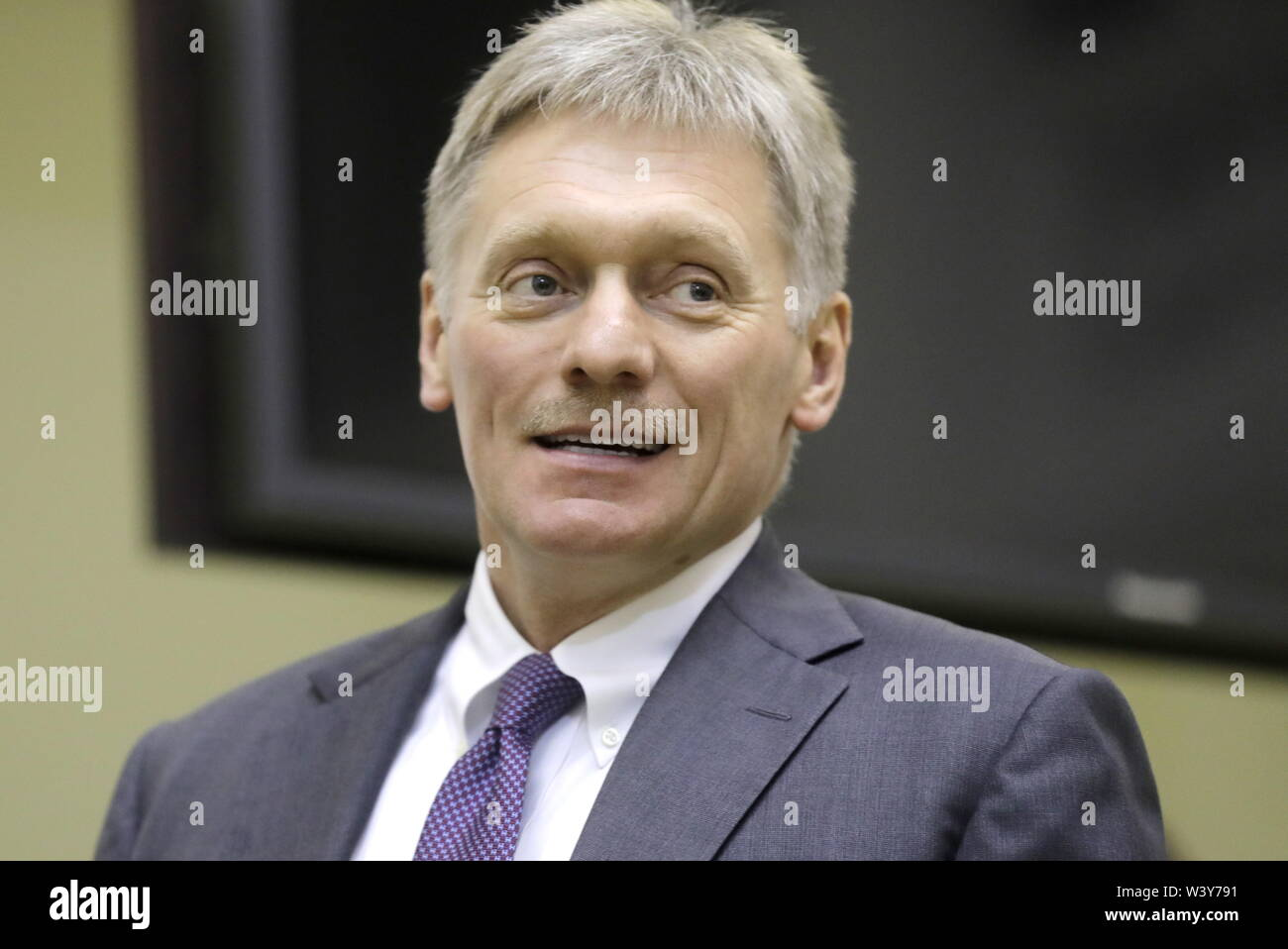 St Petersburg, Russia. 18th July, 2019. ST PETERSBURG, RUSSIA - JULY 18, 2019: Russia's Presidential Spokesman Dmitry Peskov attends a meeting between the Presidents of Russia and Belarus at the Tauride Palace. Mikhail Metzel/TASS Credit: ITAR-TASS News Agency/Alamy Live News - Stock Image