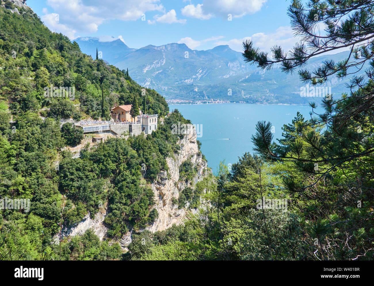 Bike road up to Pregasina  with restaurant and bar  Ponalealto, Ristorante Ponale Alto Belvedere at Lago di Garda, Lake Garda in Torbole - Nago, Riva, - Stock Image